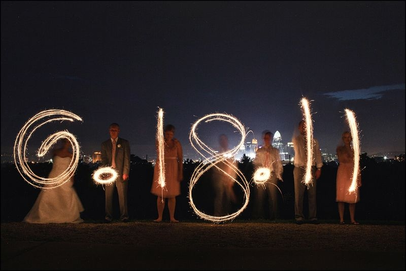 making_the_date_with_wedding_sparklers_SGWeddingMall